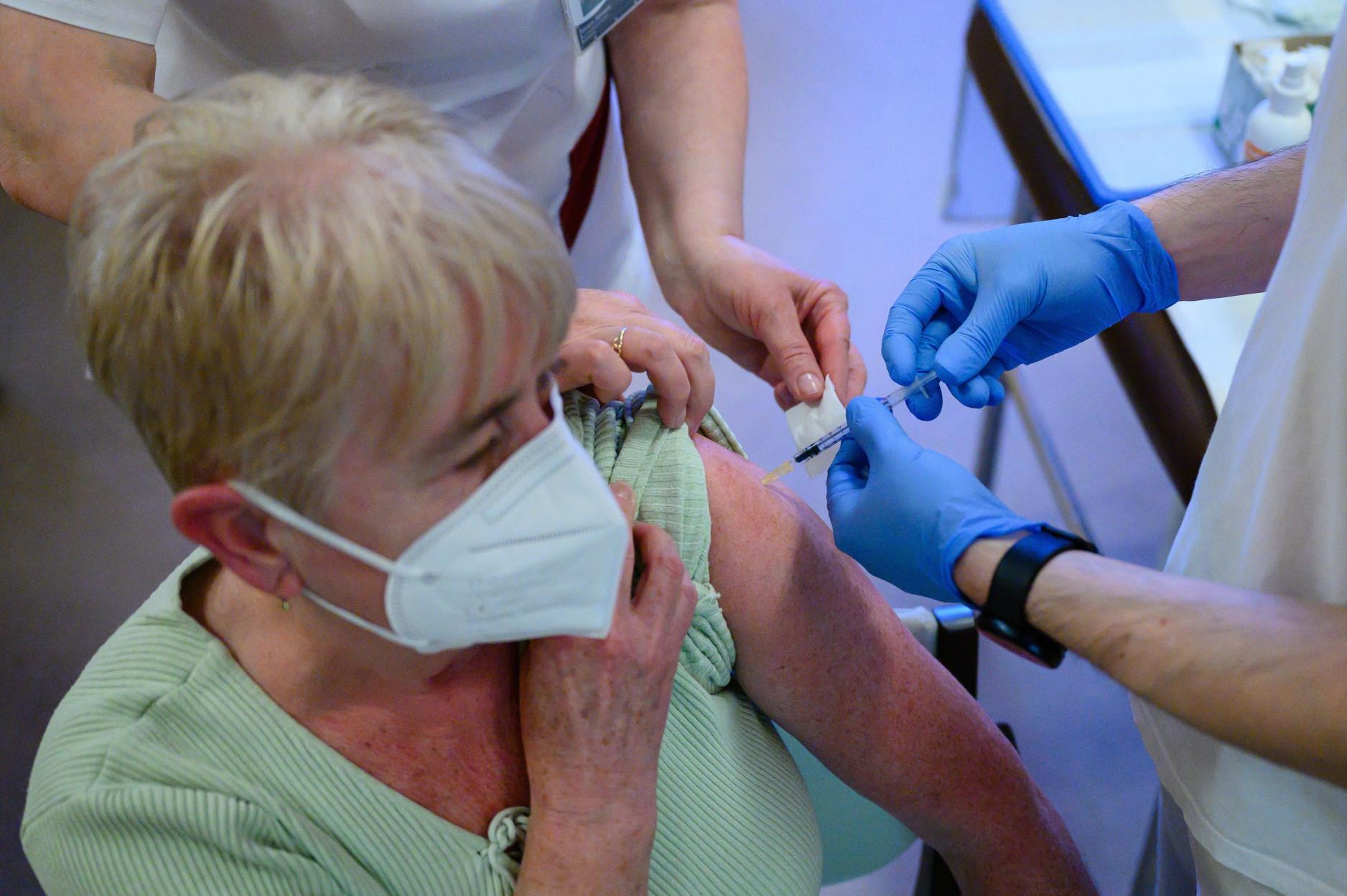 A legnagyobb ütemben Veszprém megyében nőtt a fertőzöttek száma a 11. héten.