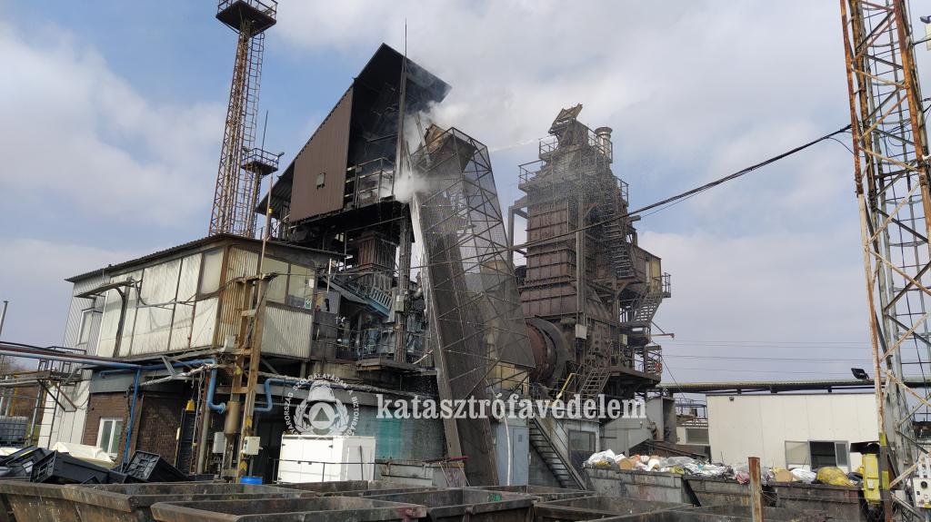 Robbanás történt a Királyszentistváni hulladékégetőben