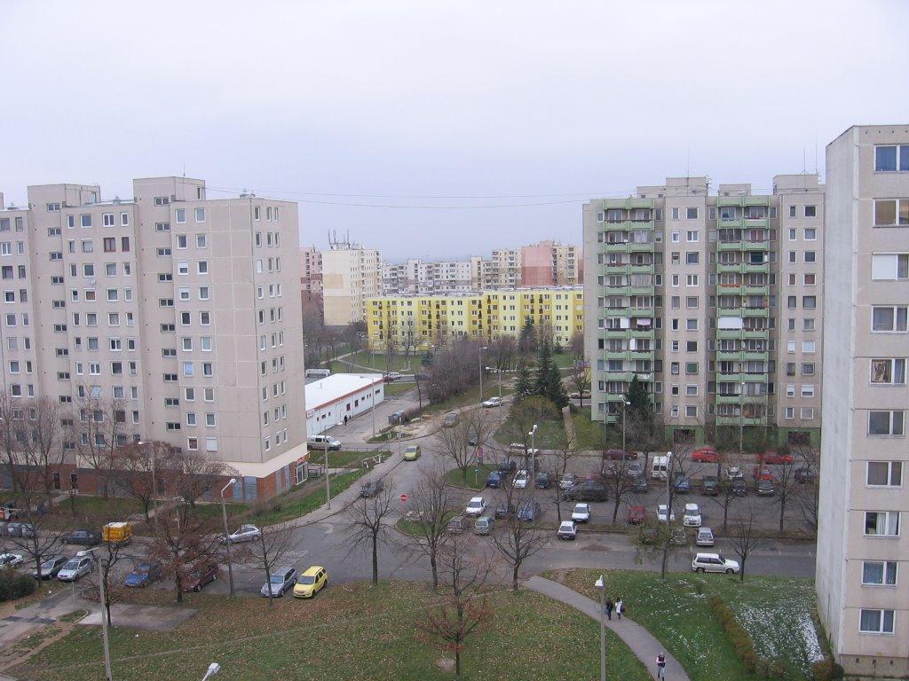 A helyi lakosok bevonásával tervezik a közösségi terek felújítását Veszprémben